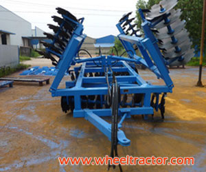 1BJ Wing-Folded Medium Disc Harrow