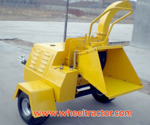 Powered Trailer Mounted Wood Chipper